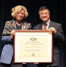 U.S. Commerce Secretary Gary Locke (right) presented the award to CalChamber Vice President of International Affairs Susanne Stirling in Washington, D.C.​