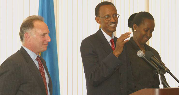 California Chamber President Allan Zaremberg, His Excellency Paul Kagame and fi rst lady of the Republic of Rwanda Madame Jeanette Kagame take questions from guests at the Chamber's International Luncheon Forum on April 14.