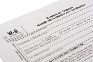Employers: Correctly Classify Employees and Independent Contractors