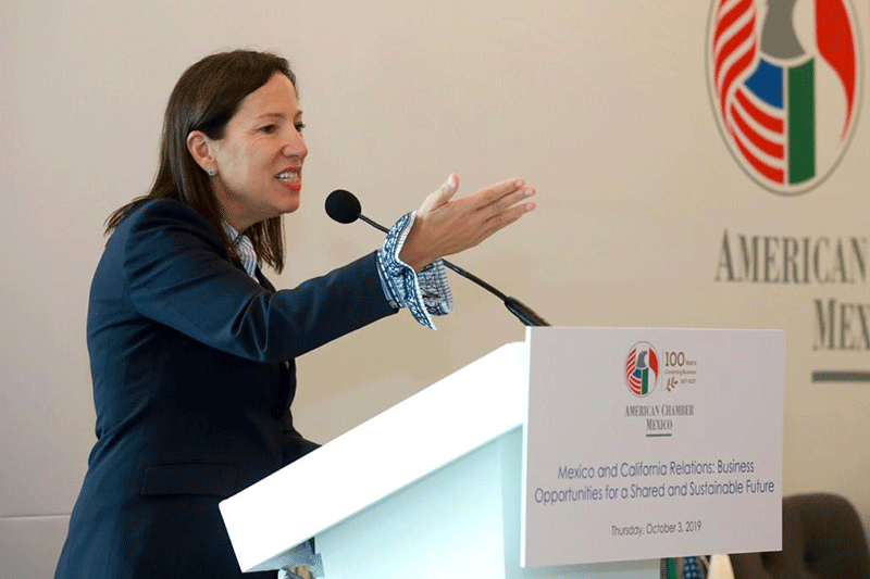 Lt. Governor Eleni Kounalakis speaks at the AmCham Mexico luncheon